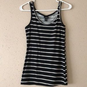 Black & white striped tank top!